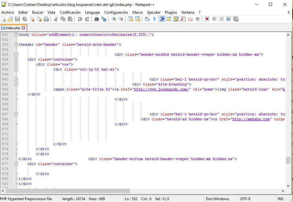 Captura de código fuente HTML en NotePad++